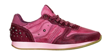 Exclusive-by-AMUST-pink-sneaker-DKK-1399
